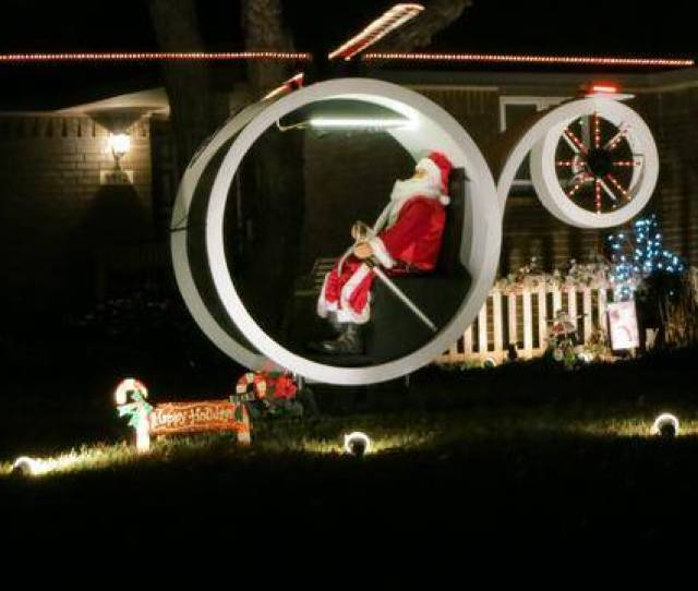 Designers Of Christmas Displays Add Hologram Helicopter Ralphie To The Wichita Holiday Landscape This Year The Wichita Eagle