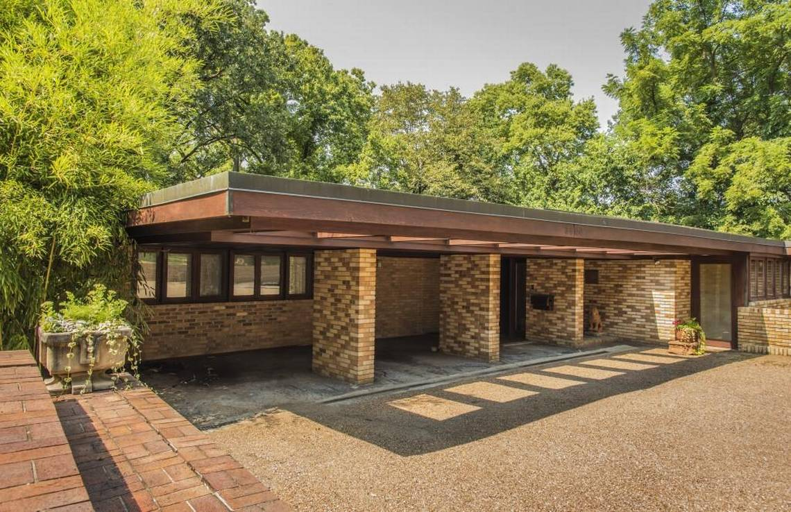 Bidding For Frank Lloyd Wright House To Begin At 400 000 The Kansas City Star