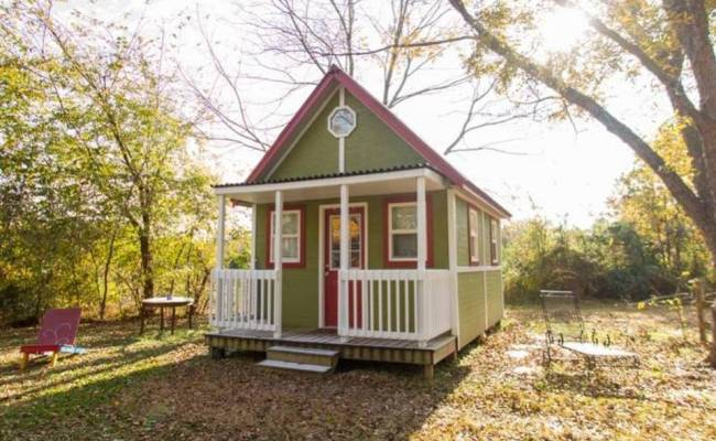 Group Hopes To Build Village Of Tiny Houses In Kc S Urban