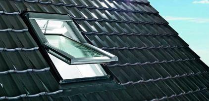 Dachfenster Roto Tronic R6 motorisiert
