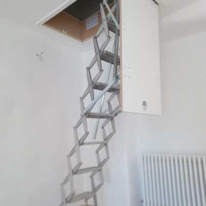 Dachtreppe mit weißen Deckel (2)