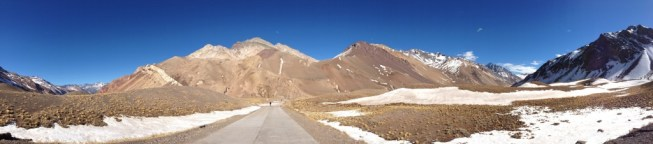 Panoramic of mountains in Mendoza - Kapcha The World