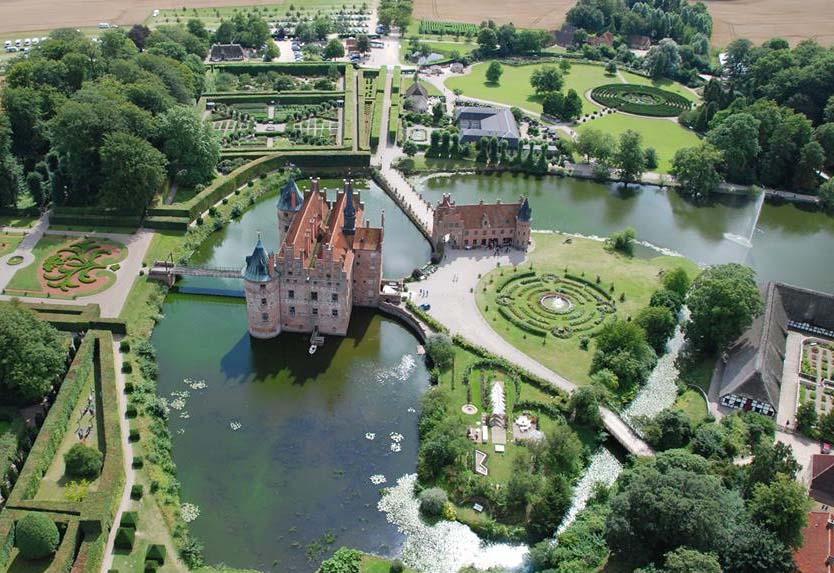 Schloss Egeskov (c) Visitfaaborg