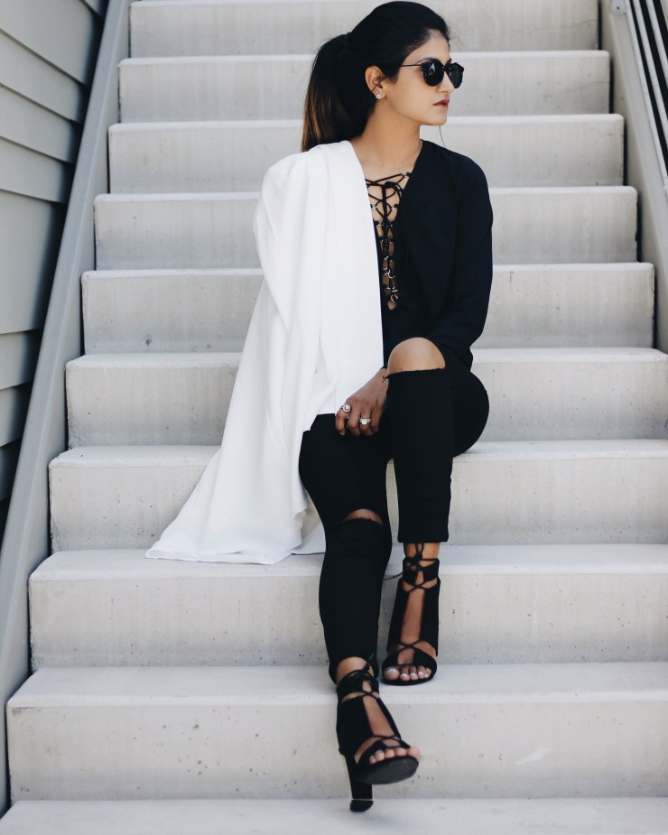 black_top_ripped_jeans