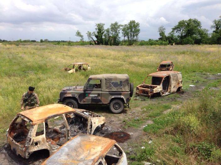Nella Terra dei Fuochi scoperto cimitero di auto rubate