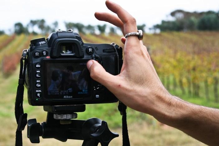 I vigneti del Lago d'Averno si trasformano in set fotografico