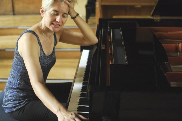 Sophia Vaillant apre Piano Solo