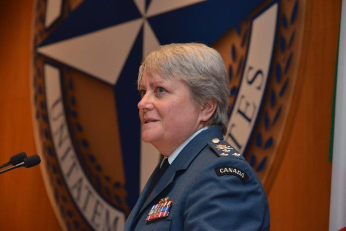 NATO: Generale Bojarsky subentra il Generale Whitecross