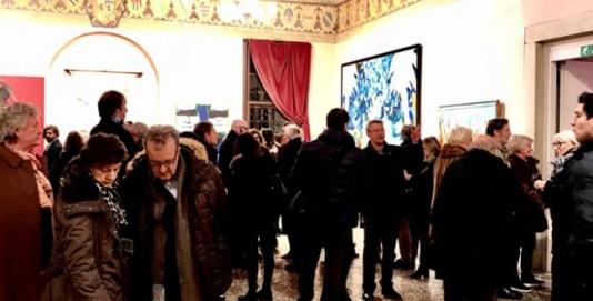ASOLO (TV), BOOM DI ACCESSI ALLA MOSTRA DI MARIO SCHIFANO