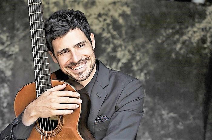 Pablo Sáinz Villegas in concerto al Conservatorio Santa Cecilia