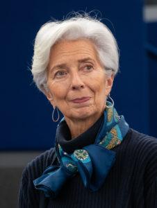 Christine Lagarde, attuale presidente della BCE, pronta ad utilizzare l'Omt come arma contro la crisi economica creata dal Covid-19