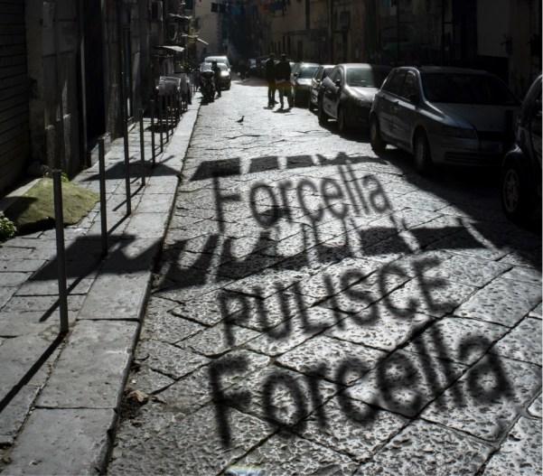 """""""Forcella pulisce Forcella"""": I residenti spazzeranno il quartiere"""