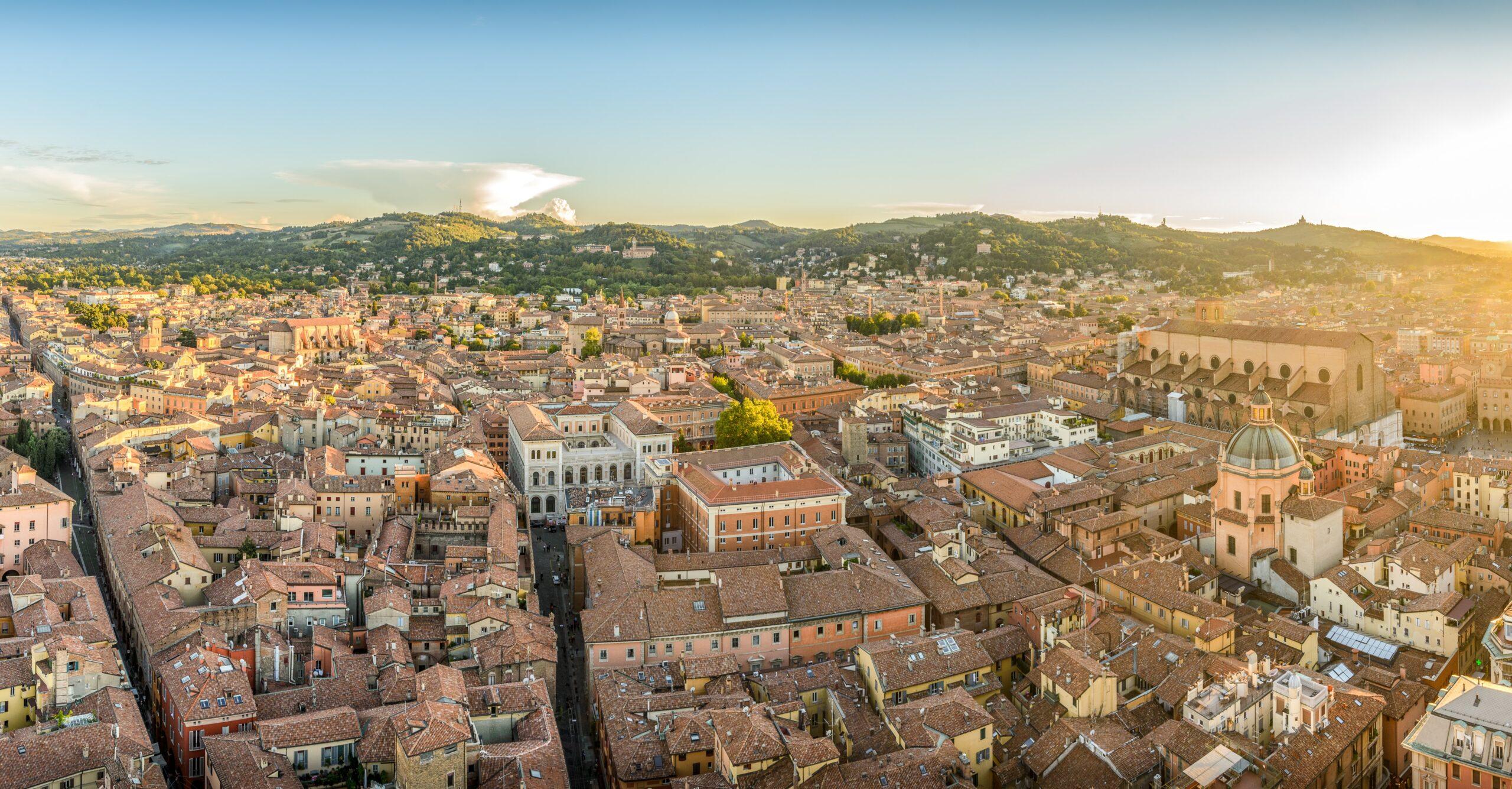 10 cose particolari da fare a Bologna