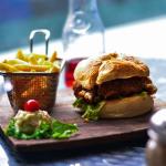 Η «κραιπάλη» του σαββατοκύριακου μπορεί να προκαλέσει αύξηση του σωματικού βάρους;