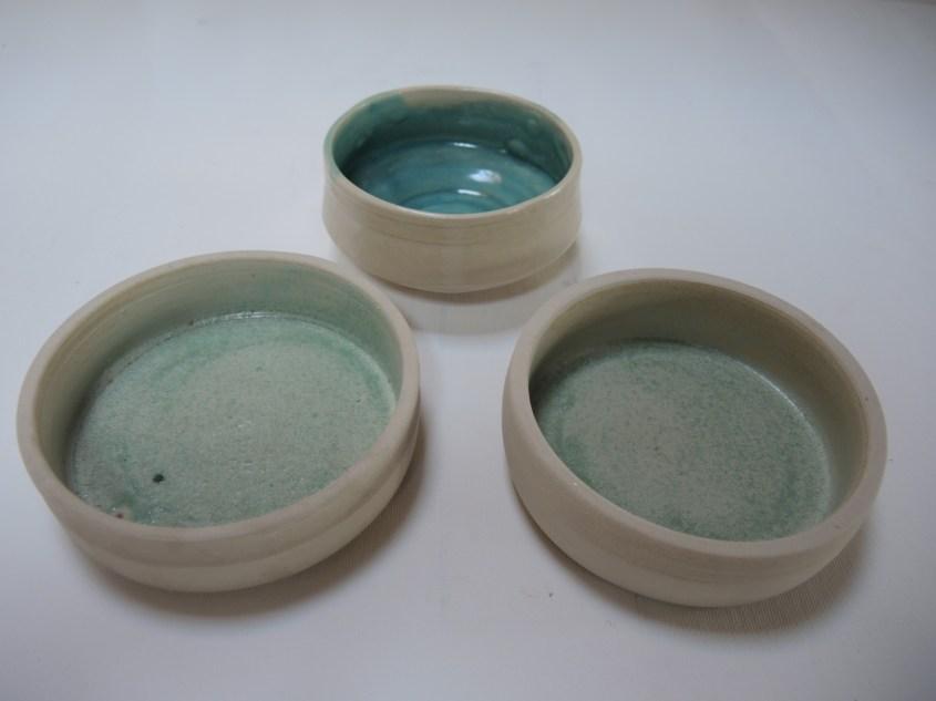bowls h. 5-7cm d. 12-14cm