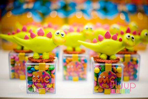 Dinosaur Themed 1st Birthday Party With Lots Of Cute Ideas Via Kara S Karaspartyideas