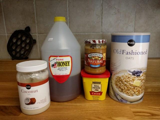peanut butter chocolate granola ingredients