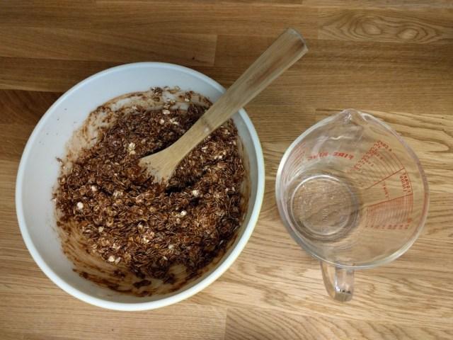 peanut butter chocolate granola ingredients,