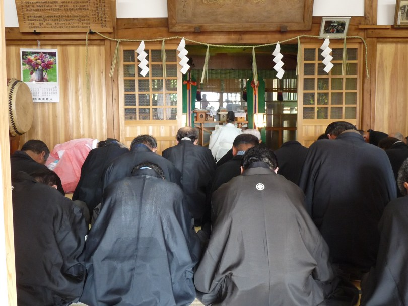 山あげ祭の伝統としきたりが受け継がれている宮座組織(写真:2011年7月1日お注連建式)