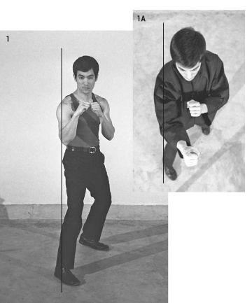 Bruce Lee--a Speed-Ryu expert--in one of his preferred fighting stances