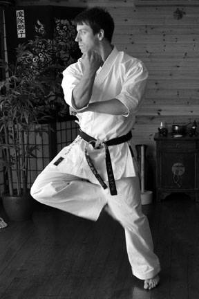 Chris Denwood performing Naihanchi Shodan