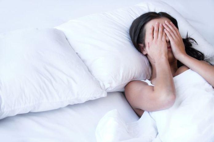 اضرار البكاء قبل النوم