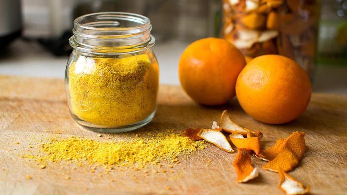 قشور البرتقال للتخلص من دهون الأرداف