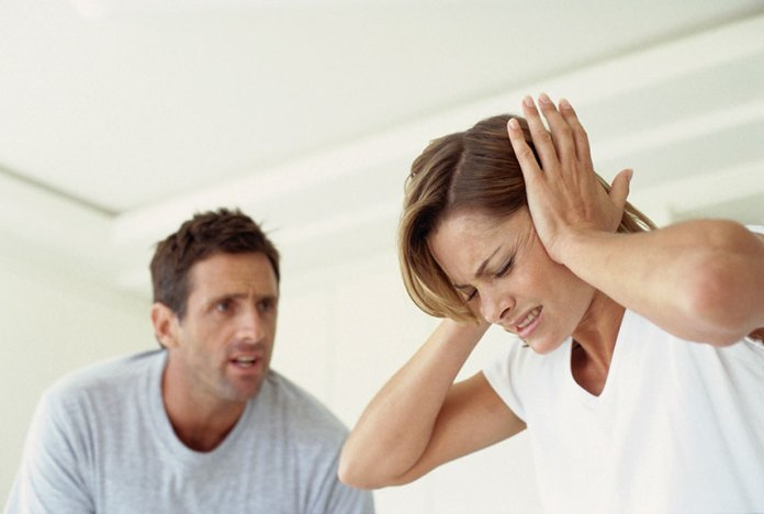 6 علامات لا تترددي في البعد عن شريك الحياة