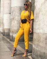 أفكار لارتداء اللون الأصفر 2