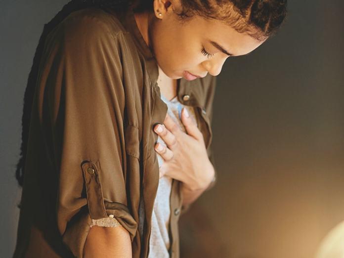 ألم الثدي قبل الدورة الشهرية باسبوعين