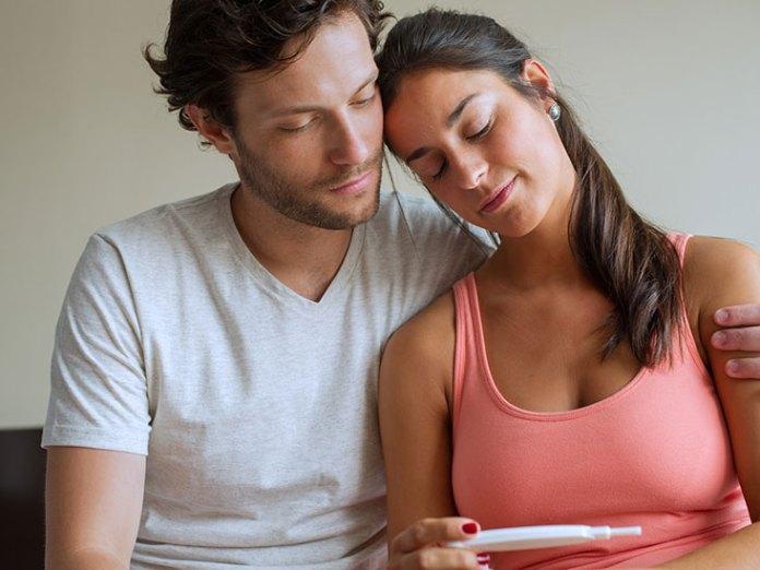 تأجيل الحمل في بداية الزواج