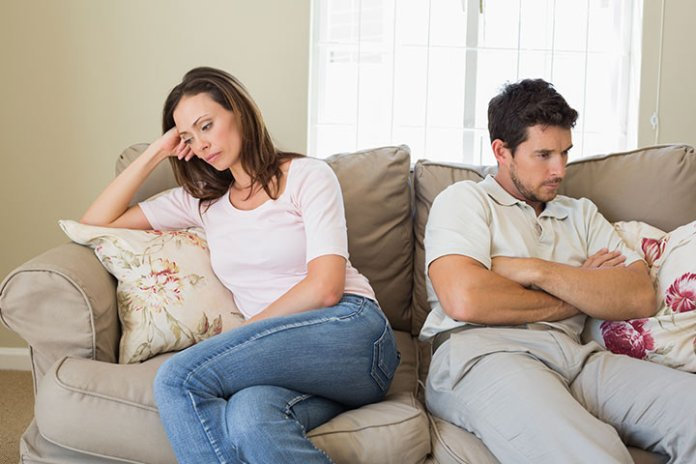 أسباب برود الزوجة اتجاه زوجها