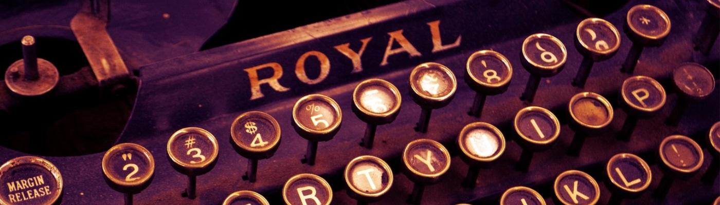 Image décorative : plan rapproché sur une vieille machine à écrire