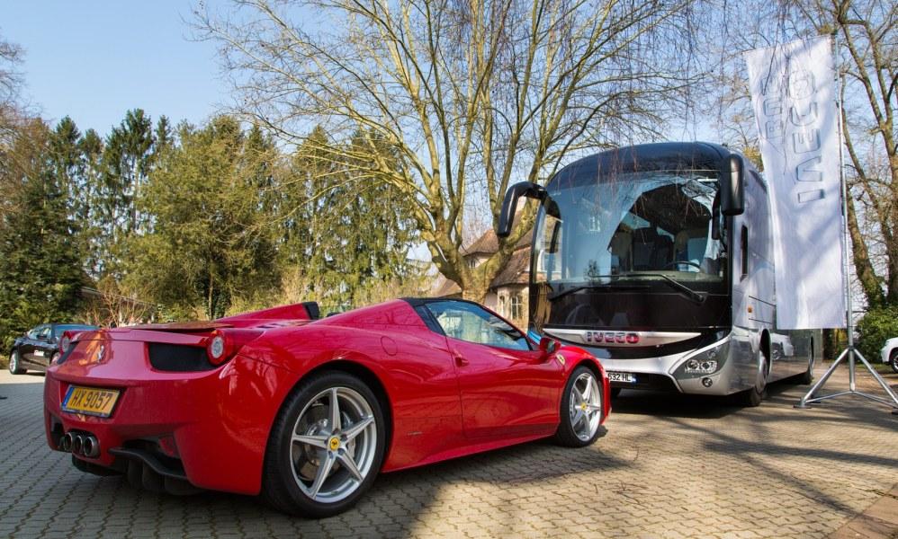 Iveco-Bus_Ferrari_Karine_Faby