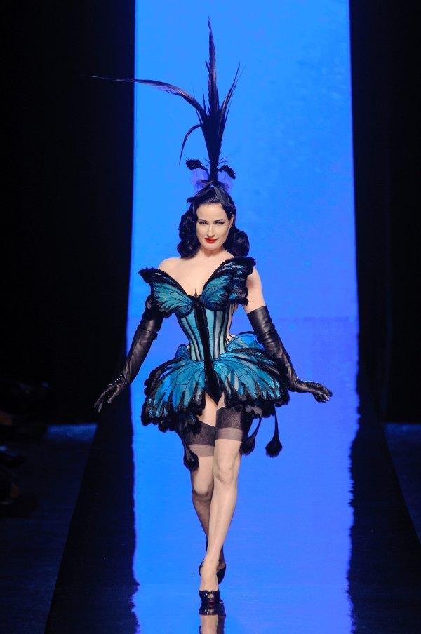 http://www.karinfranca.com/wp-content/uploads/2014/01/couture-week-2014-jean-paul-gaultier.jpg