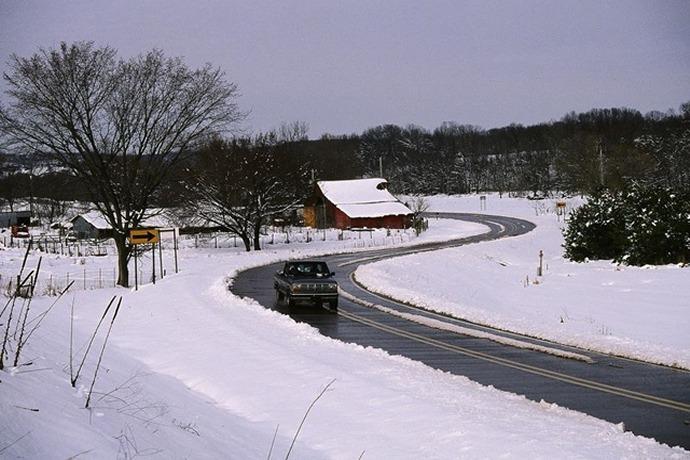Arkansas Road and Snow_4271673198258178985
