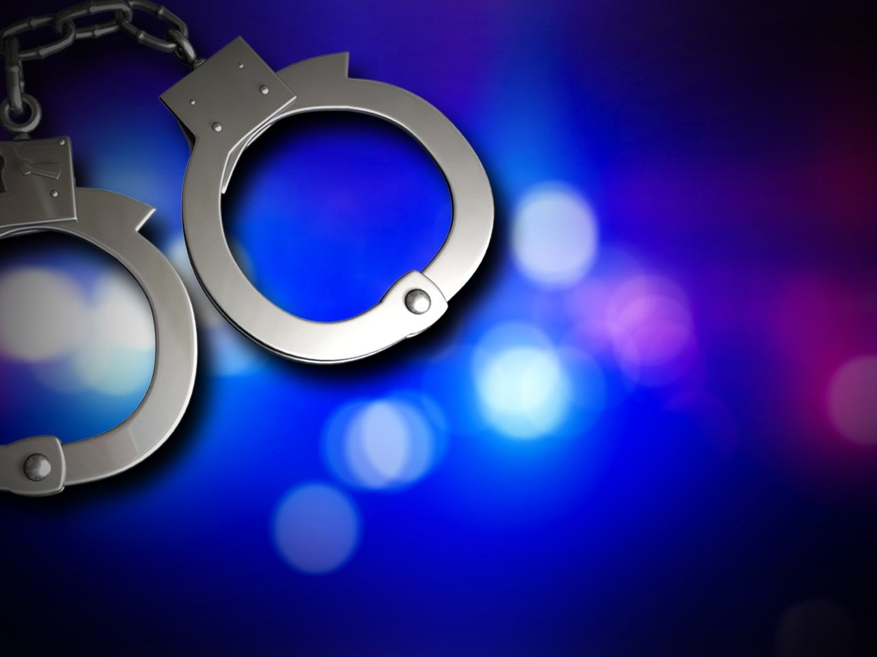 handcuffs_1466712919344-118809306-118809306.jpg