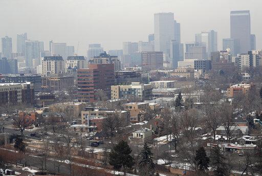 Denver skyline, Denver's polluted skyline