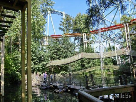 Hochseilgarten für Erwachsene und Wackelbrücke im Hansapark