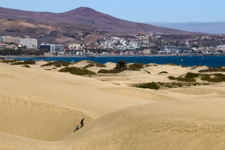 A view of the Maspalomas coast from inside the Maspalomas sand dunes.