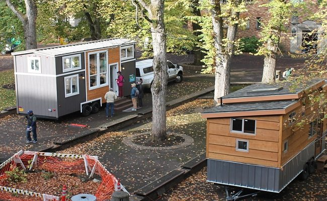 Wegen Platzmangel Tiny Houses In Karlsruhe Auf Dem