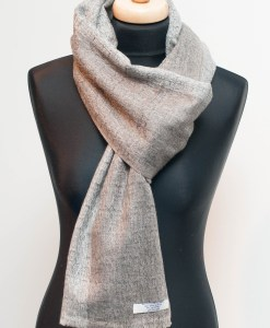 1100 % Cashmere Wool Shawl