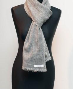 100 % Cashmere Woolen Shawls