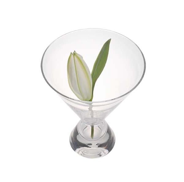 Bouquet Vase by Karmen Saat