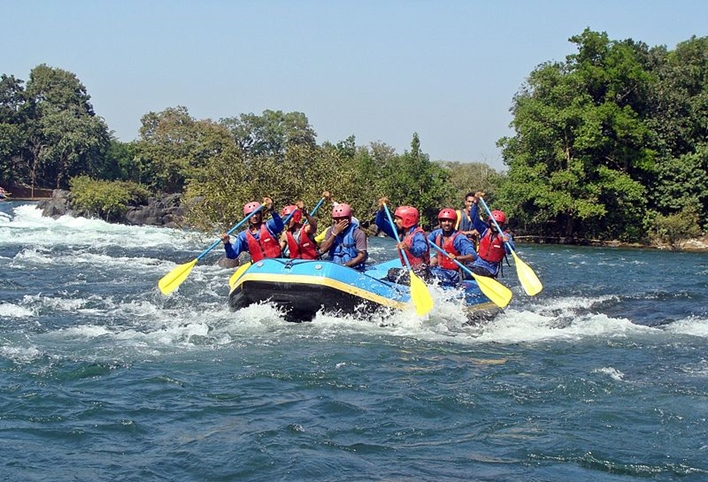 Dandeli, river rafting