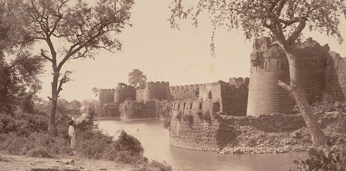 Gulbarga Fort. Photographer Deen Dayal