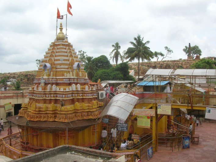 Yellamma Temple, Saundatti