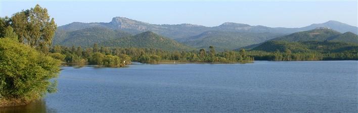 BR Hills seen from Krishnayyana Katte reservoir. Photographer Prashanth NS
