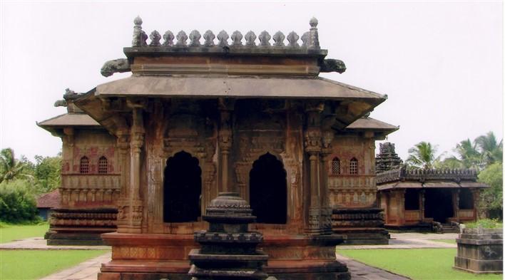 Nandi mantapa in the Aghoreshwara temple at Ikkeri. Photographer Dinesh Kannambadi