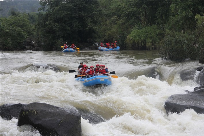 White Water Rafting, Hidden Woods Homestay, Srimangala